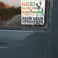 Geen Deur Verkopers - deursticker007_0eb2d149f5a2cc208399cff625b64dc3